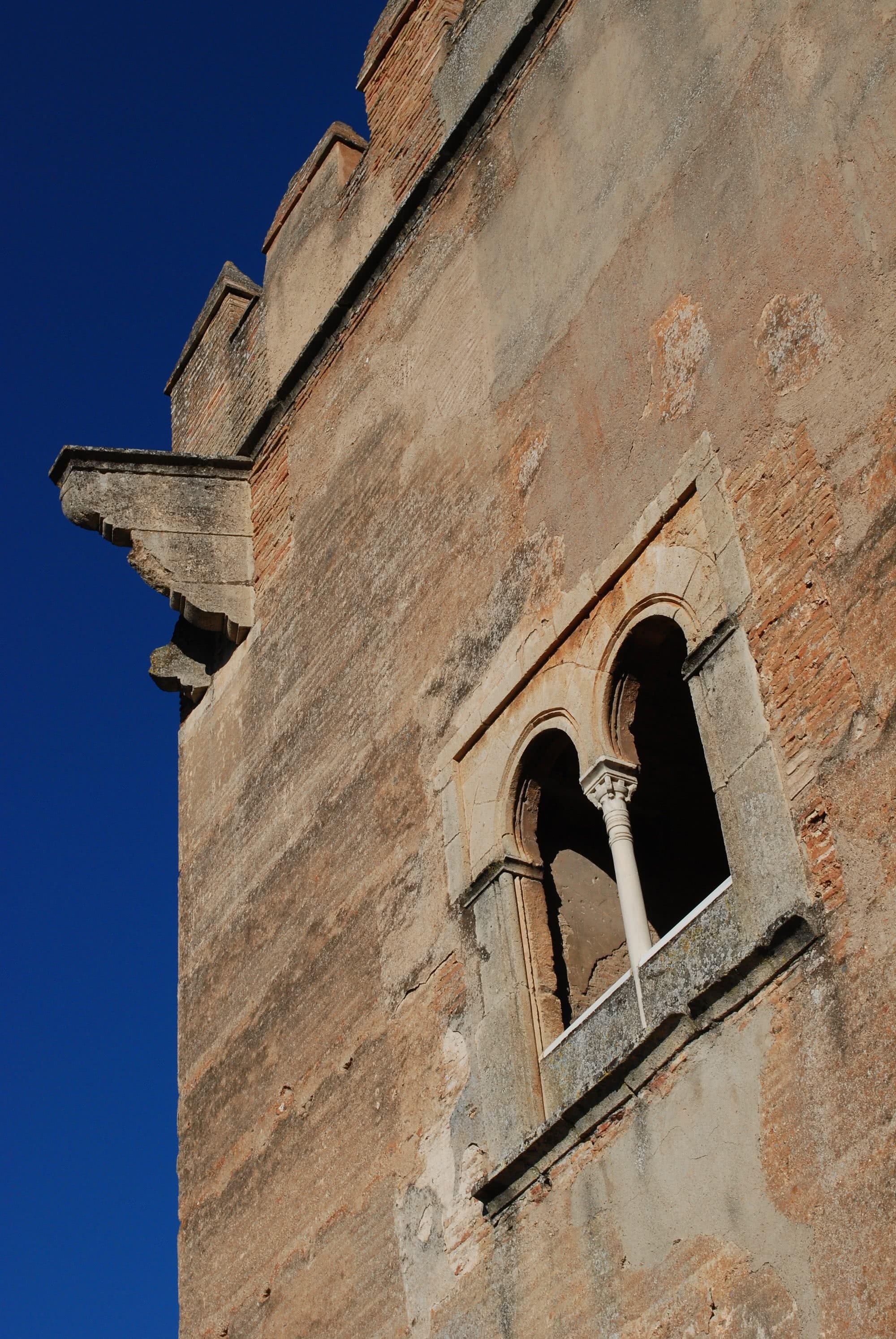 Resultado de imagen de torre de los picos alhambra granada